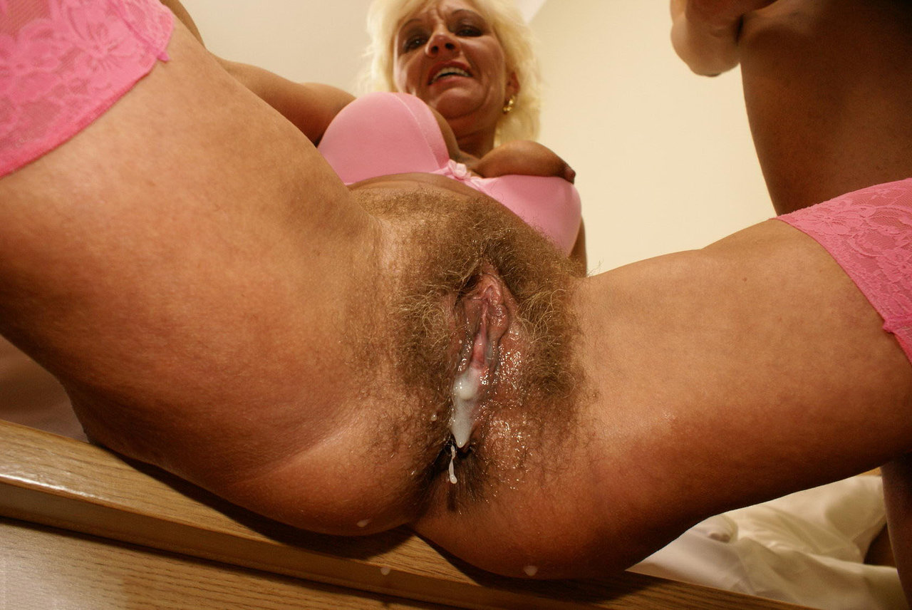 sex-granny-pussy-throbs-for-creampie-gothnudepics