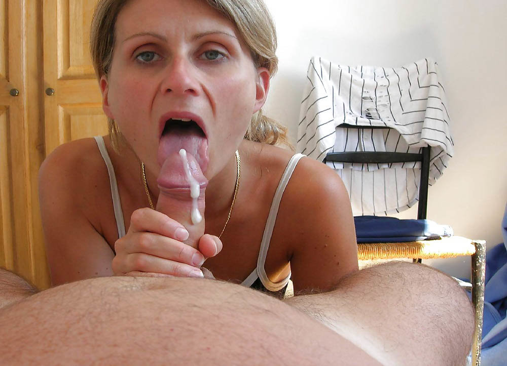 Indian Mom Arrested By Son And Sucking Cock