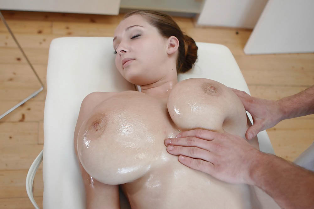 Massage Rooms Big Fake Tits Beauty Has Multiple Orgasms