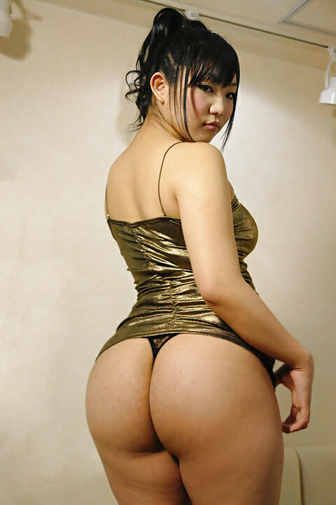 asian-with-massive-booty-naked-standing-nippon-porn