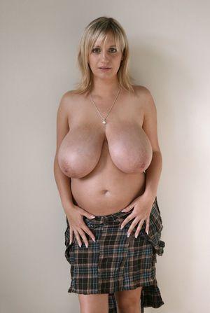 Беременная Венди Стар с огромными сиськами 3 фото