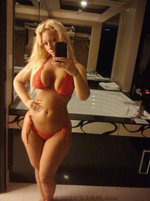 Jenna Shea - селфи сочной блондинки 16 фото
