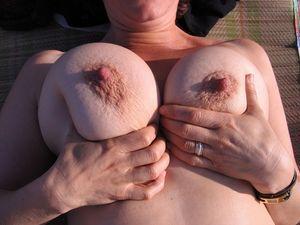 Личные фото голой бабки на отдыхе 15 фото