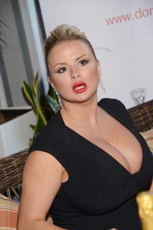 Анны Семенович фото в разных нарядах 14 фото