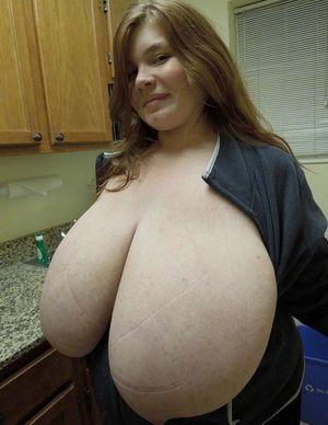 У толстушки большие титьки 10 фото