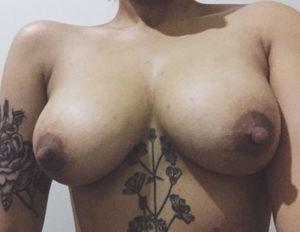 Мексиканка с большой попой и широкими бедрами 9 фото