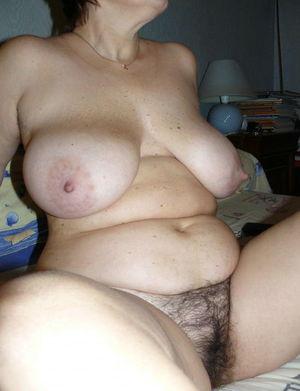Фото пышных голых бабулек 8 фото