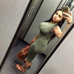 Арабская девушка с пышными формами 1 фото