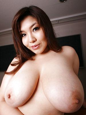 Прелестные азиатские толстушки 1 фото