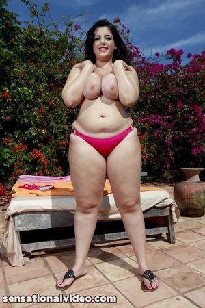 Толстуха в бикини. 10 фото