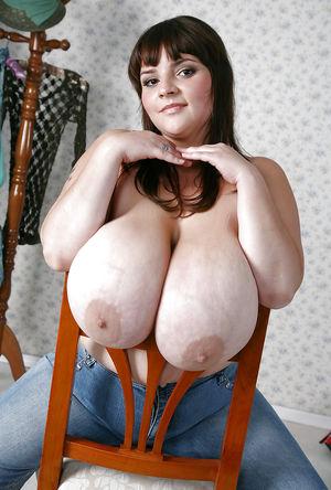 Женщины с красивыми буферами 6 фото