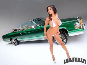 Xena Kai - азиатская модель с большой грудью 4 фото