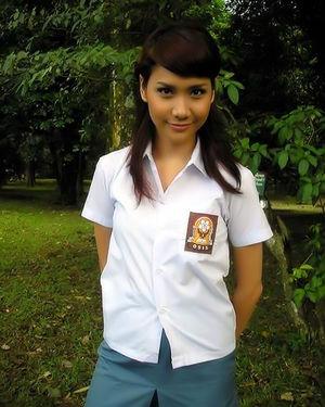 Подборка фотографий скромных азиаток 12 фото