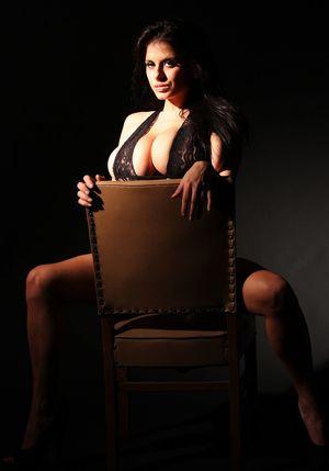 Wendy Fiore в черном белье 1 фото