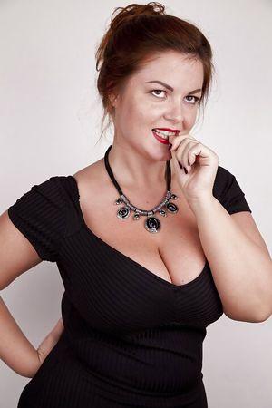 Русская дама показывает свои любительские фото 11 фото