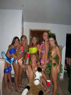 Горячие и пьяные телочки покажут сегодня вам все 9 фото