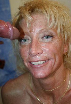 Старухи со спермой на лице 8 фото