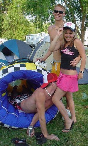 Фото пьяных девушек с порно вечеринок 9 фото