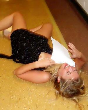 Фотки с пьяной студенческой гулянки 5 фото