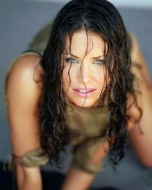 Красивые фотографии шикарной актрисы с классной фигурой