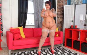 Толстая дама с татуировками 13 фото
