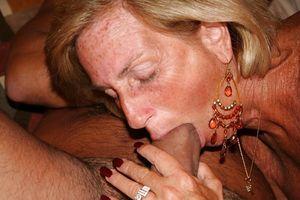 Неверные жены трахаются с мужиками 11 фото