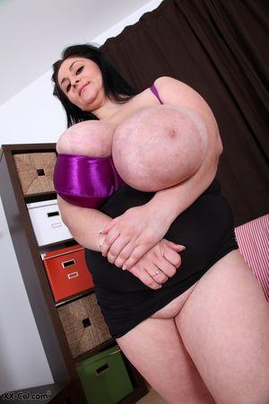 Огромные буфера толстухи 8 фото