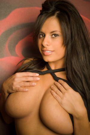 Wendy Fiore - с большой натуральной грудью 4 фото