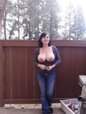 Женщина с натуральной грудью 10 фото
