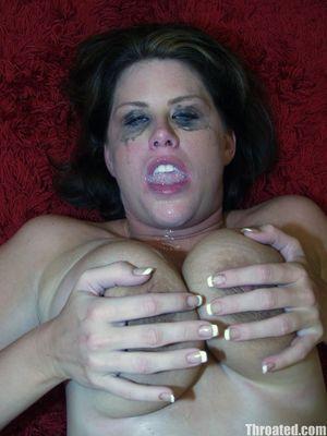 Сисястая бабенка сосет до слез и спермы во рту 12 фото