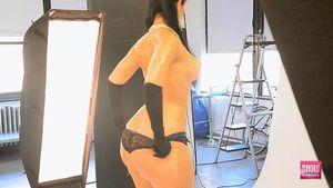 Rosee Divine хвастается своей огромной попой 18 фото