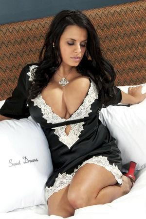 Wendy Fiore и ее великолепная ночнушка 3 фото