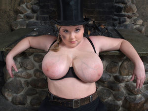 Фото милой толстушки с большими сиськами. 1 фото