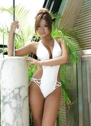 Reina Matsushima сладенькая японочка