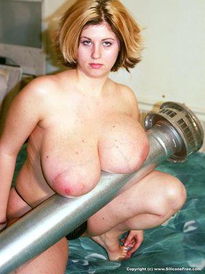 Фото женщины после родов с огромными дойками. 11 фото