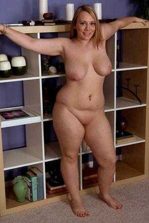 Пышные формы толстушек