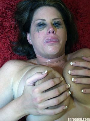 Сисястая бабенка сосет до слез и спермы во рту 14 фото