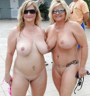 Зрелые толстушки и их любительские фото 12 фото