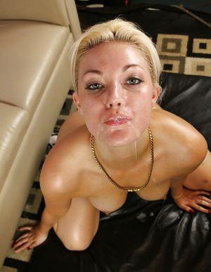 Секс с жопастой блондинкой 11 фото