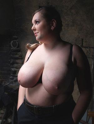 Фото милой толстушки с большими сиськами. 11 фото