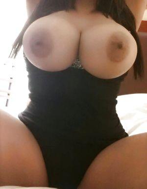 Девушка с большими сиськами 1 фото