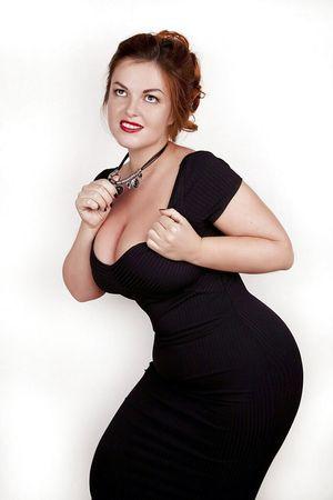 Русская дама показывает свои любительские фото 10 фото