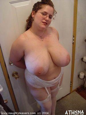 Жирная тетка в нижнем белье 7 фото