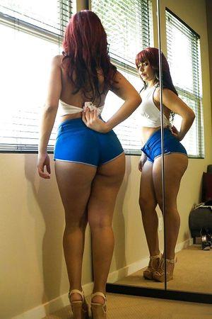 Бразильянка с большой попой 5 фото