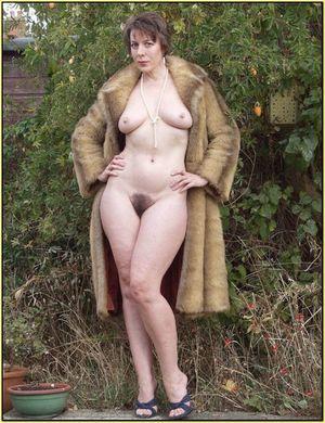 Любительское фото жен на природе 1 фото