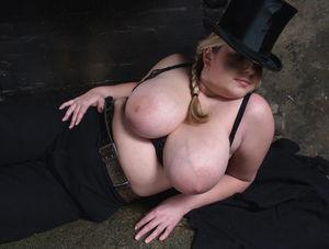 Фото милой толстушки с большими сиськами. 10 фото