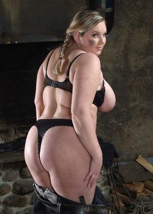 Фото милой толстушки с большими сиськами. 12 фото