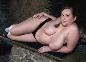 Фото милой толстушки с большими сиськами. 13 фото