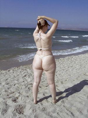 Развратная жена из Германии. 2 фото
