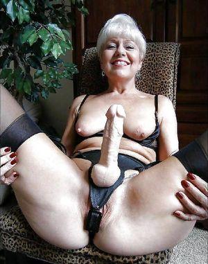 Фото голых старушек 5 фото